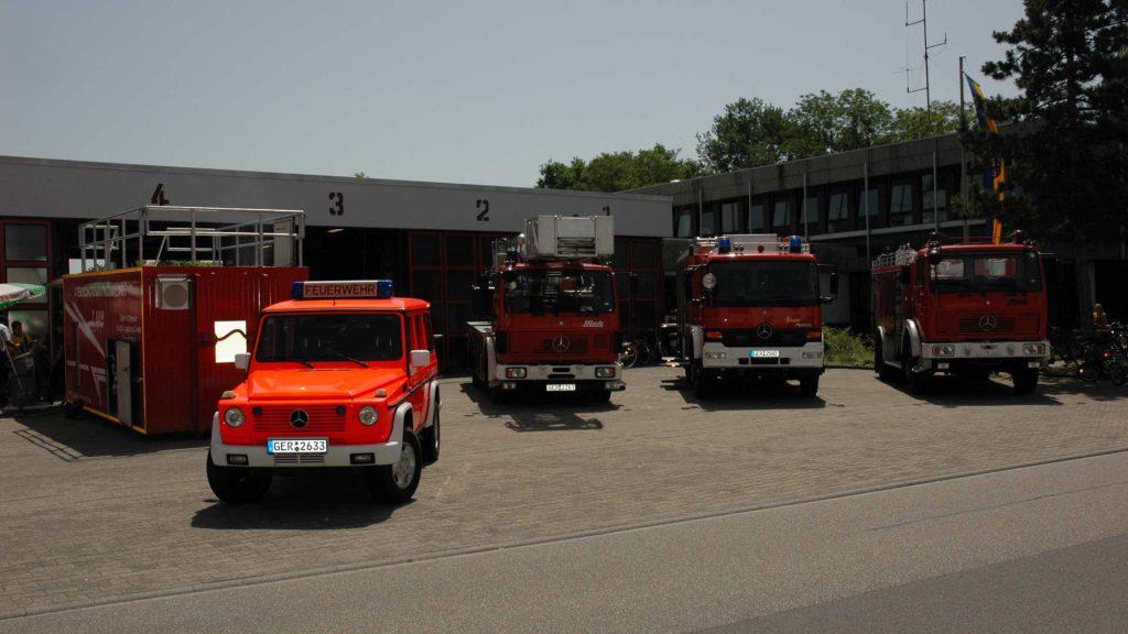 Ein Teil des Fuhrparks der freiwilligen Feuerwehr in Wörth am Rhein